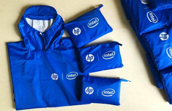 quà tặng doanh nghiệp: áo mưa in logo