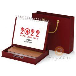 Hộp lịch để bàn màu đỏ
