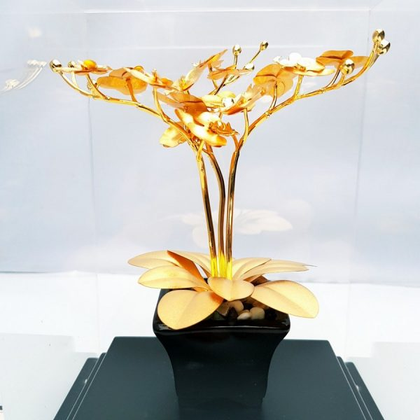 chậu hoa dát vàng