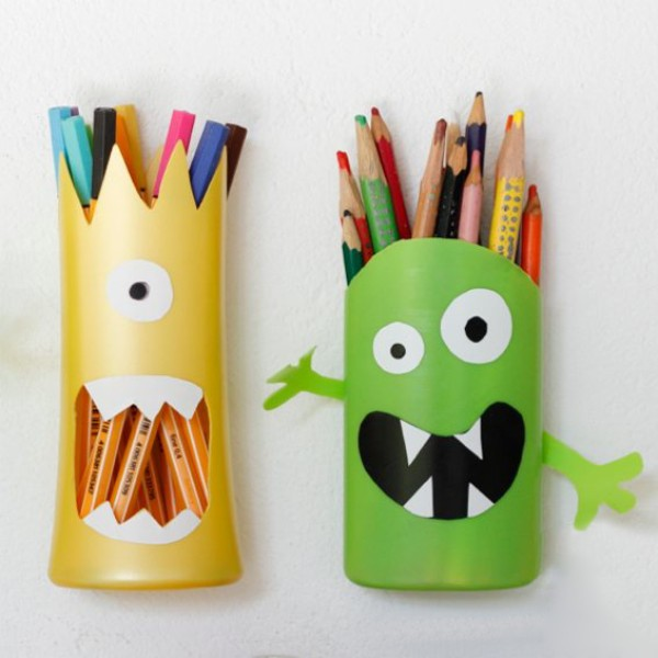 hộp đựng bút bằng nhựa vp