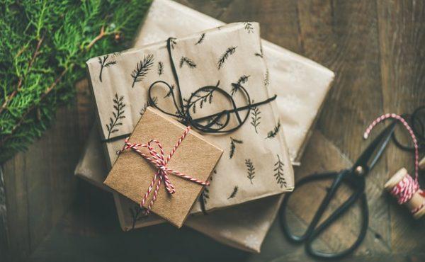 hộp quà tặng khách hàng