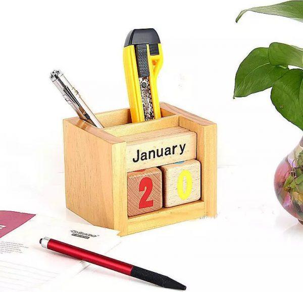 hộp đựng bút để bàn 7