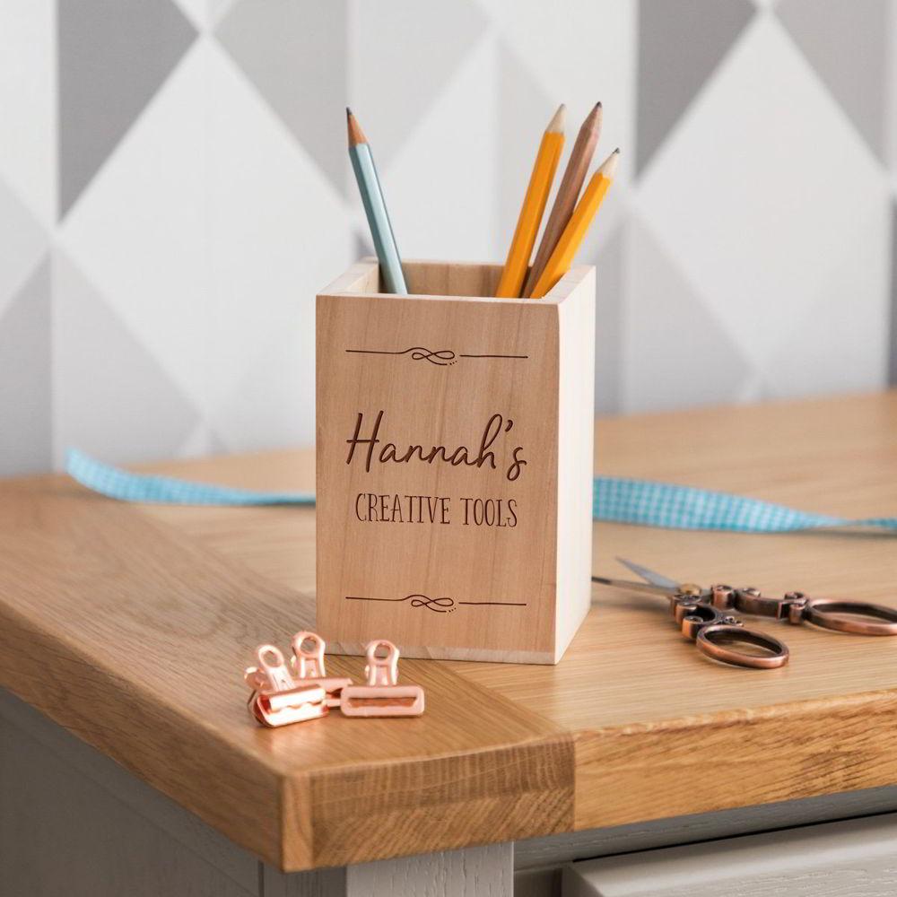 Hộp đựng bút để bàn bằng gỗ in logo theo yêu cầu 2021