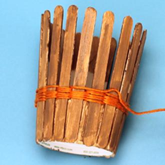 hộp đựng bút để bàn handmade bằng que kem 5