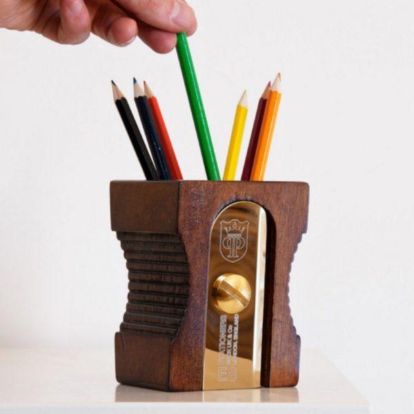 hộp đựng bút văn phòng bằng gỗ 5