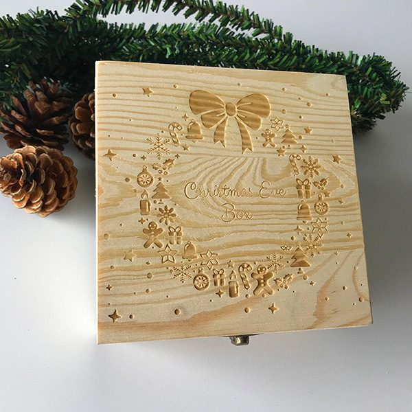 Hộp gỗ điêu khắc
