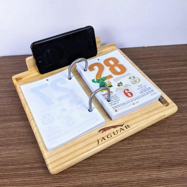 lịch bàn đế gỗ 13