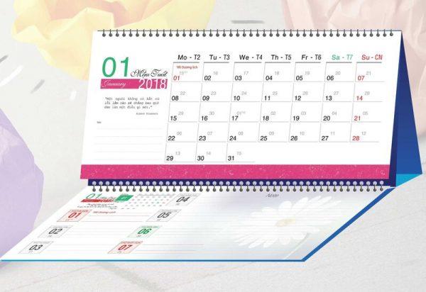 lịch để bàn chữ M 6