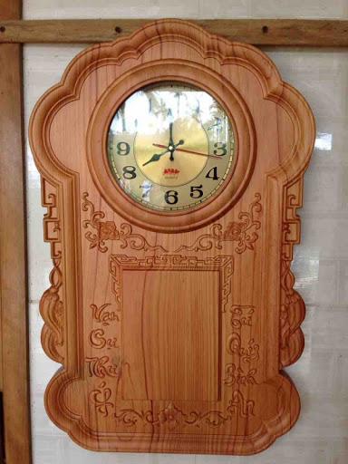 Lịch gỗ đồng hồ treo tường