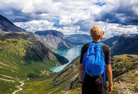5 quà tặng du lịch hữu ích nhất cho các tín đồ đu đưa