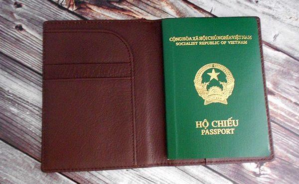 quà tặng du lịch ví passports