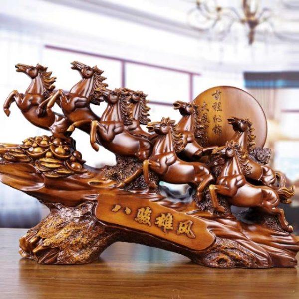Tượng ngựa mã đáo thành công, gửi trao lời chúc thành công, thịnh vượng đến người trân quý. Món quà phù hợp với những doanh nhân thành đạt.