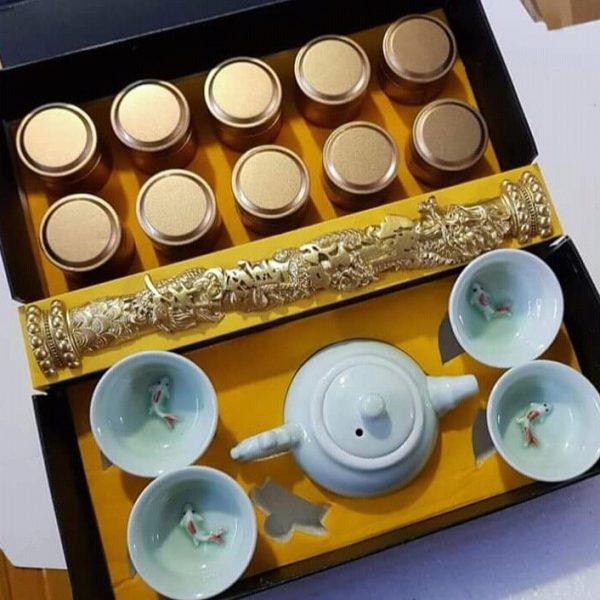 quà tết doanh nhân trà hảo hạng
