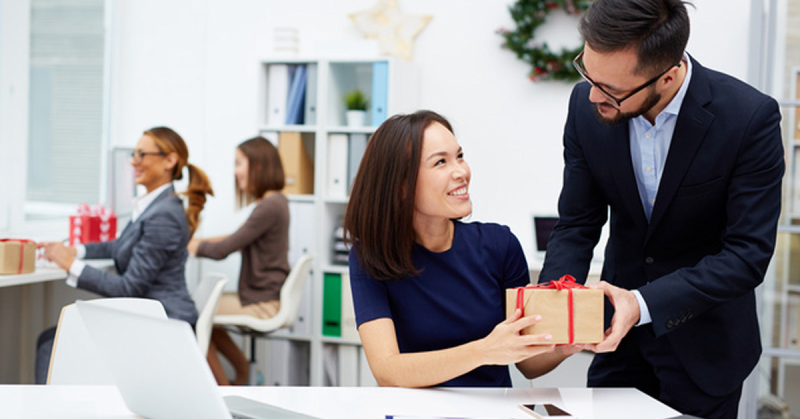 Top 10+ quà Tết tặng sếp vừa hay vừa ý nghĩa 2022
