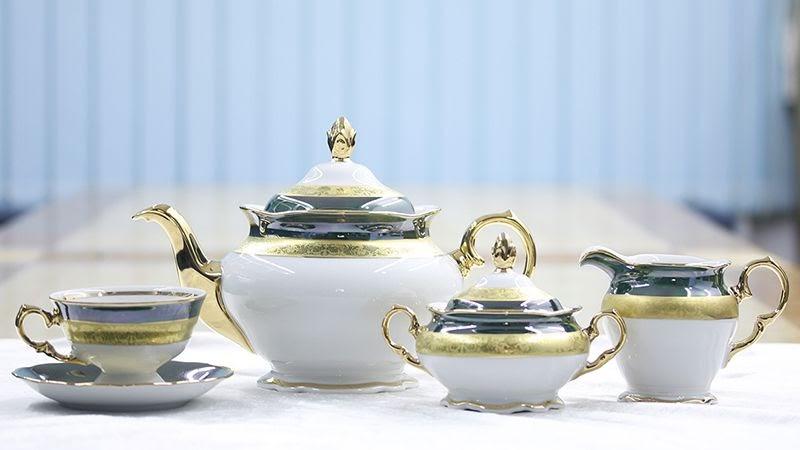 Tách trà sang trọng thích hợp làm quà tặng Tết
