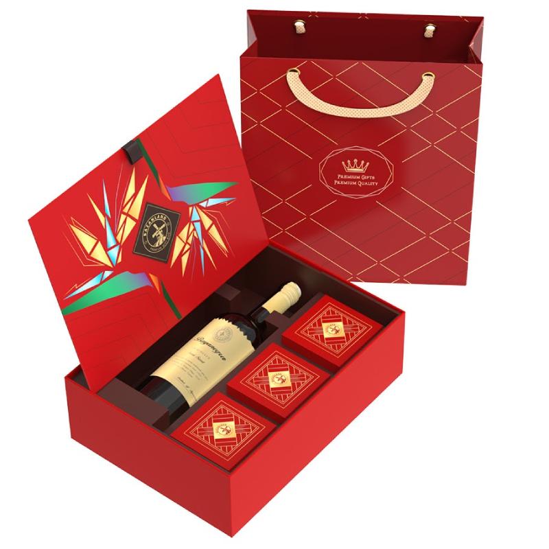Tham khảo nhu cầu của sếp để chọn món quà tặng phù hợp và ý nghĩa nhất