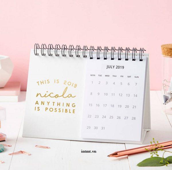 thiết kế lịch để bàn 3